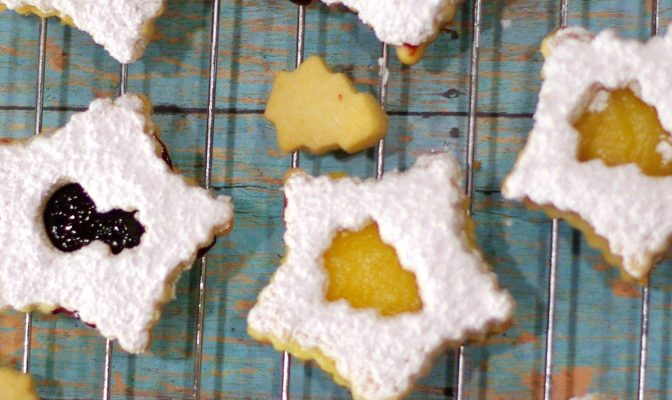 Lemon and Blackberry Shortbread Cookies