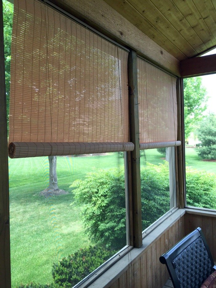 Screened Porch Decorating Ideas | Home & Plate | www.homeandplate.com | The evening sun can be bright. Roll up shades solve the problem.