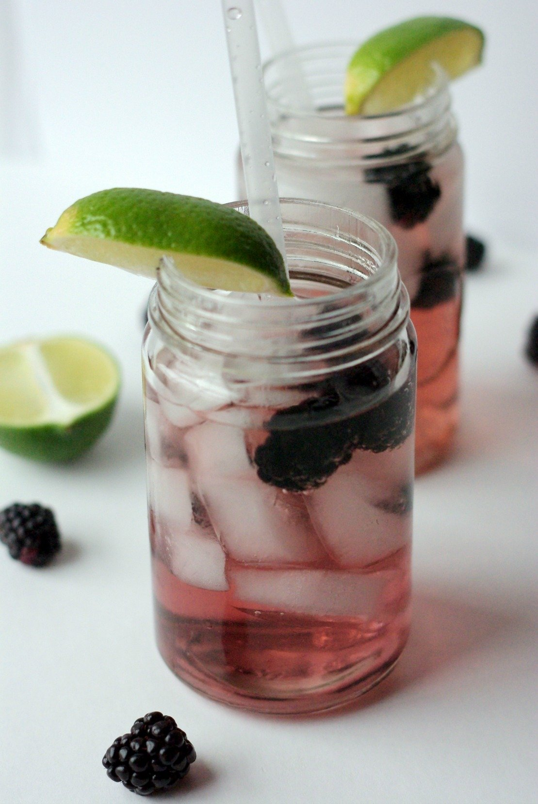 Canada Dry Blackberry Ginger Ale and Captain Morgan Spiced Rum | Spiced rum swirled with crisp, bubbly blackberry-flavored ginger ale.