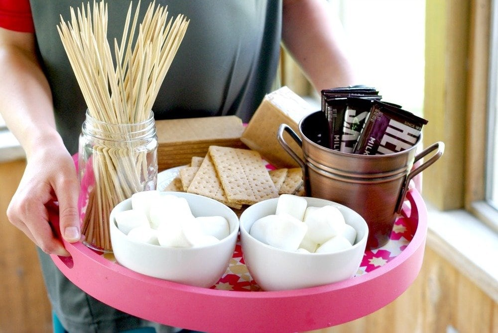 Decorate With Trays – 6 Easy Ways
