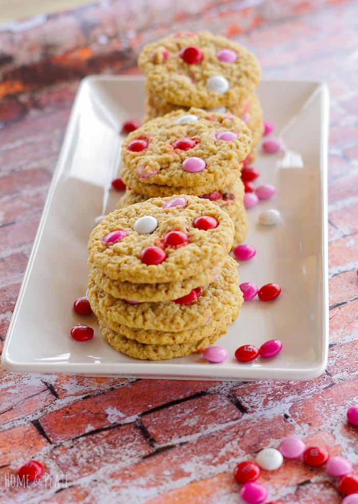 Valentine M&M Oatmeal Cookies   www.homeandplate.com   Surprise your sweetie this Valentine