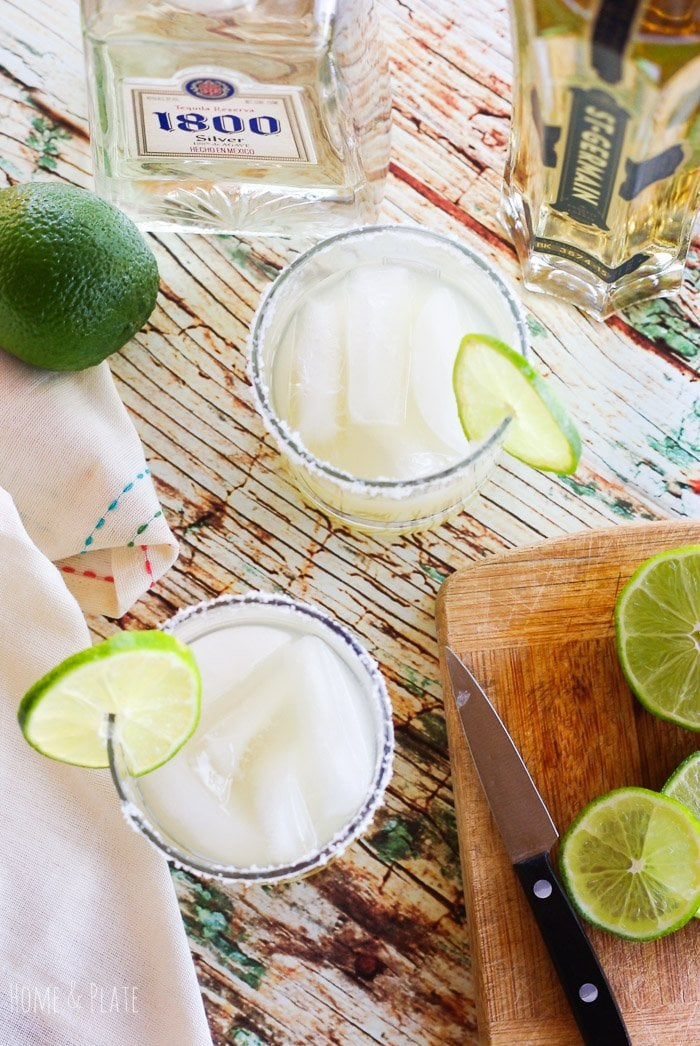 Silver Elderflower Margarita | www.homeandplate.com | Cinco de Mayo without margaritas would be a crime. Step it up by adding elderflower liqueur to these popular Mexican cocktails.