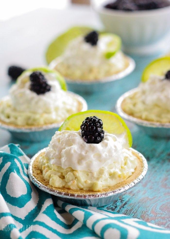 No Bake Key Lime Yogurt Graham Cracker Pies