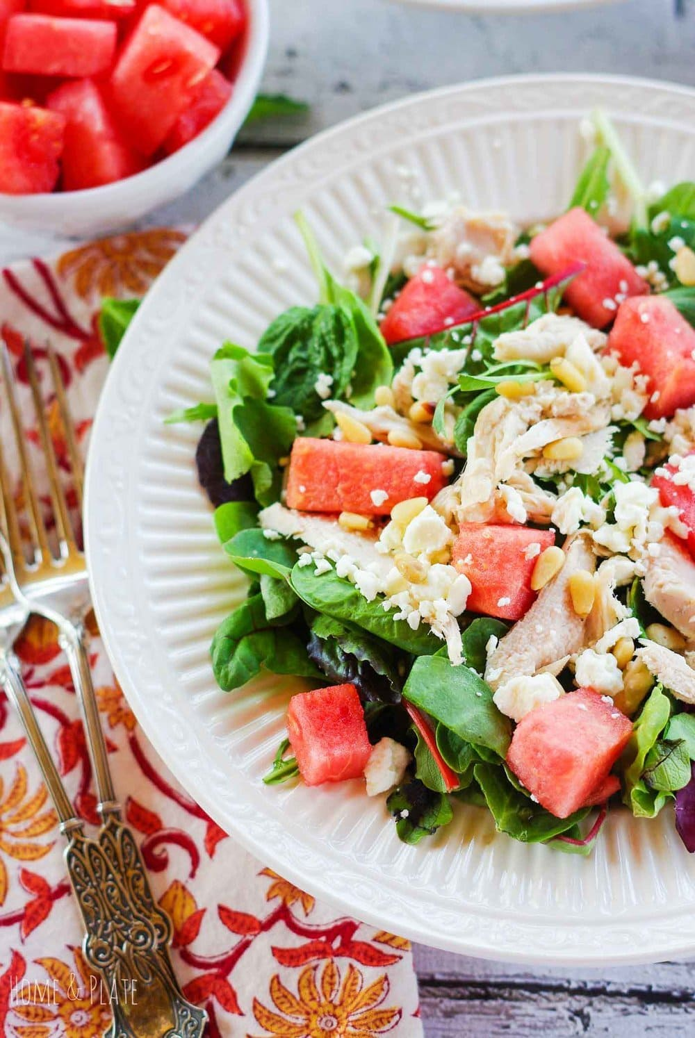 Watermelon Chicken Salad with Pine Nuts and Feta | www.homeandplate.com | Salty and sweet, this watermelon chicken salad it