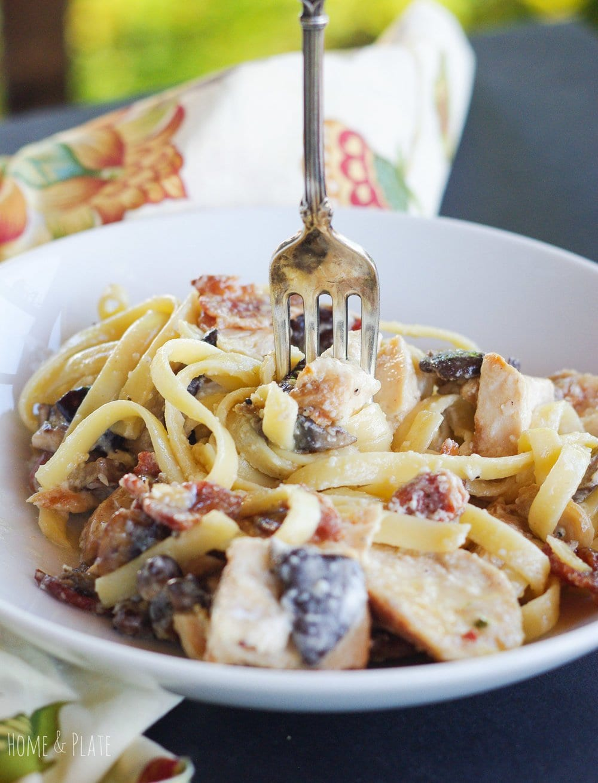 Chicken & Wild Mushroom Fettuccine Alfredo
