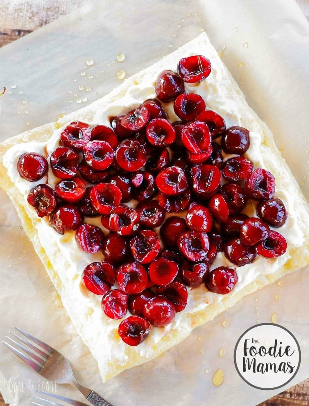 Cherry Honey Ricotta Tart | www.homeandplate | A perfect low fat dessert for the holidays featuring fresh cherries and honey.