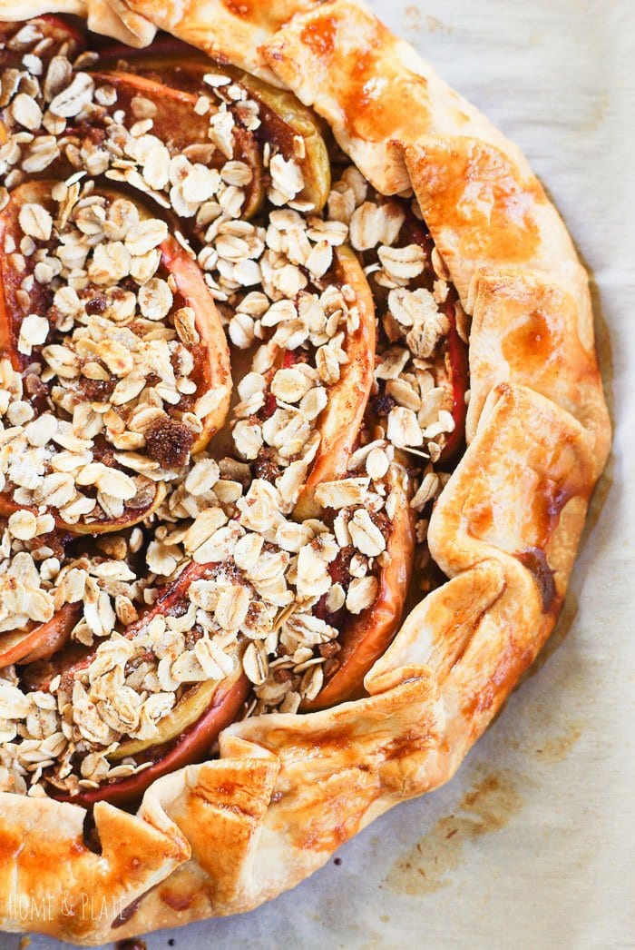 Easy Apple Crisp Galette| As delicious as mom