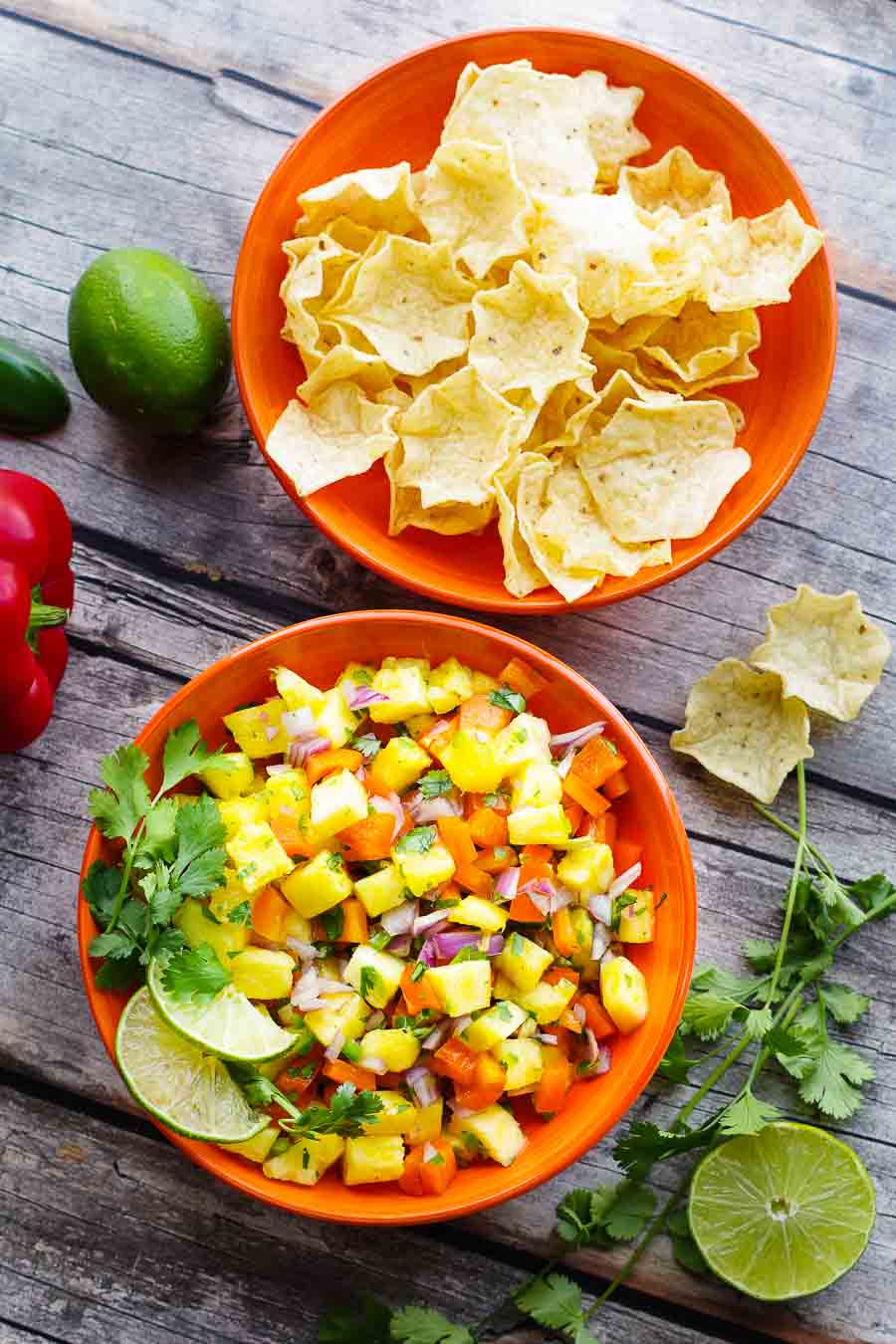 Pineapple Pico de Gallo - Fresh Salsa | www.homeandplate.com | Enjoy the sweet flavors of the tropics with this homemade delicious Pineapple Pico de Gallo. Eat it with chips, on tacos or spoon it over your favorite grilled seafood or chicken. #pineapplesalsa #pineapplepicodegallo